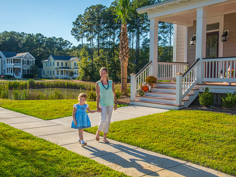 Carolina Park community | Taking a walk in beautiful neighborhood