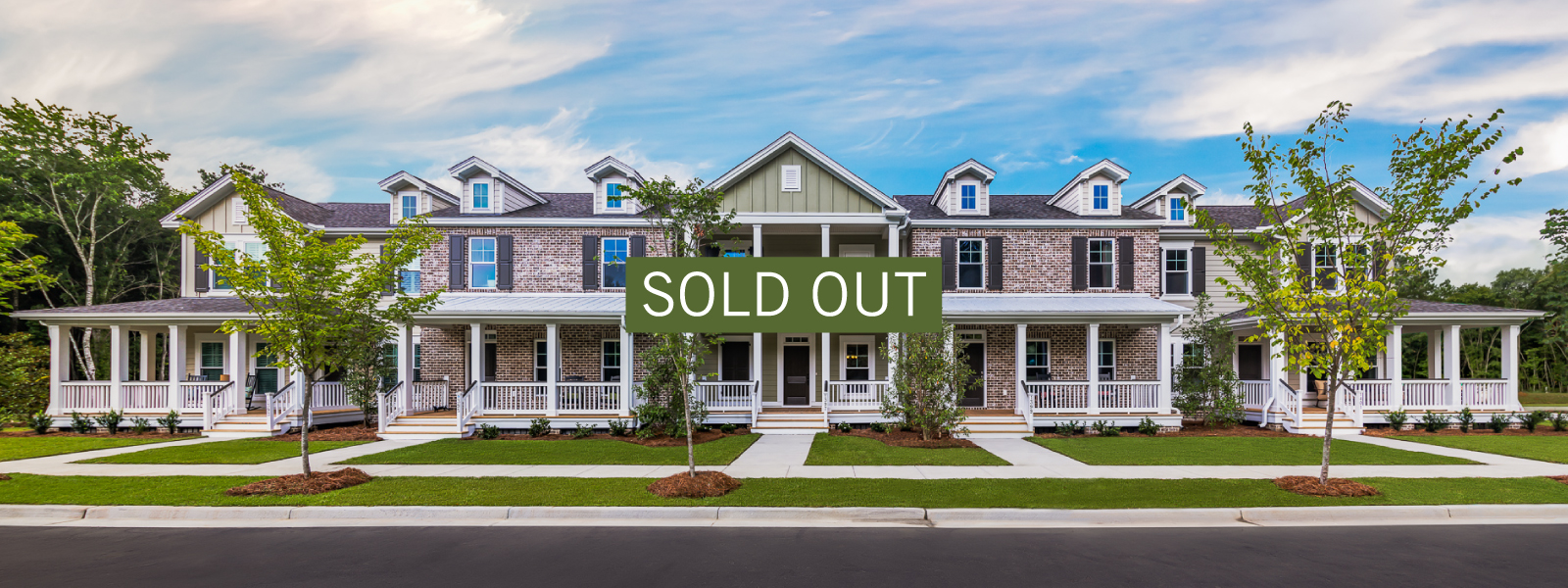 Townhouses_SoldOut_1600X600_4.jpg